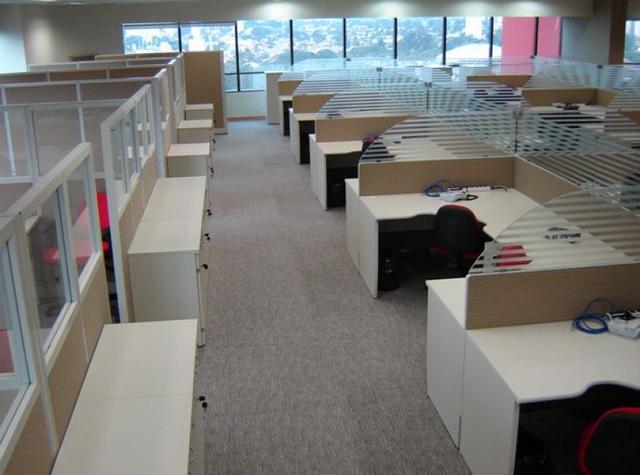 Comprar Mesa para Escritório com Divisórias Santana de Parnaíba - Mesa para Escritório de Madeira