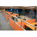mesa para escritório com divisórias